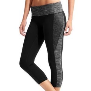 Athleta Remix Revelation Yoga Crop